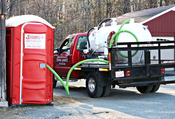 portable toilet delivery from slims and berthiaume